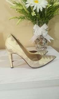 Authentic!!! Manolo Blahnik Ombre heels