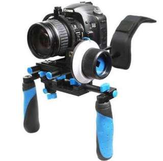 Shoulder Rig DSLR Camera with follow focus