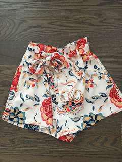 Zara Shorts - small