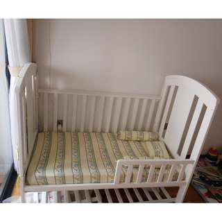 Baby cot with foam mattress