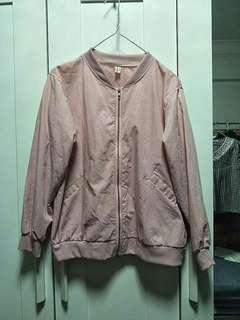 🚚 🌸 babypink bomber jacket
