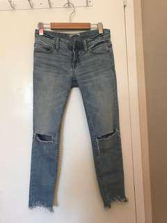 Free People Ripped Jeans sz25