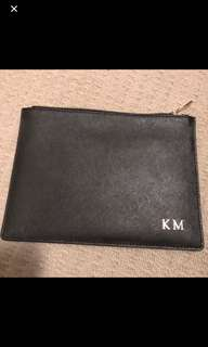 TDE The Daily Edited Black leather pouch