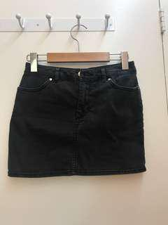 Sz 2 h&m black skirt