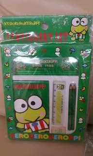 Sanrio 青蛙 mini文具set