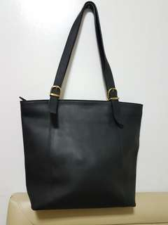 Authentic Coach Cowhide All Leather Black Tote Bag