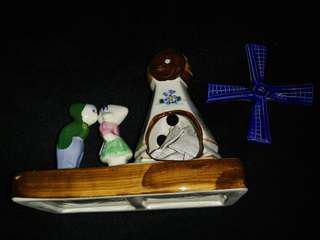 荷蘭情侶風車裝飾 結婚禮物 (風車可旋轉)