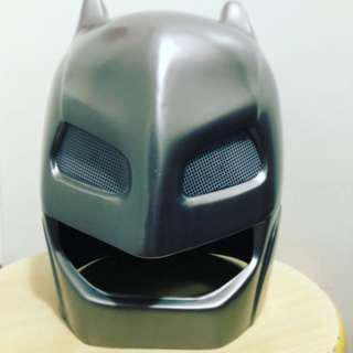 蝙蝠俠頭盔
