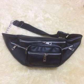 [New] Black Waist Bag