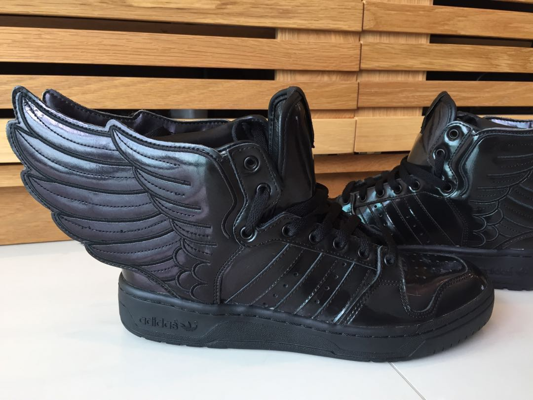 5bfea946554d Adidas Originals Jeremy Scott JS Wings 2.0 Black Flag Patent US 7.5 ...