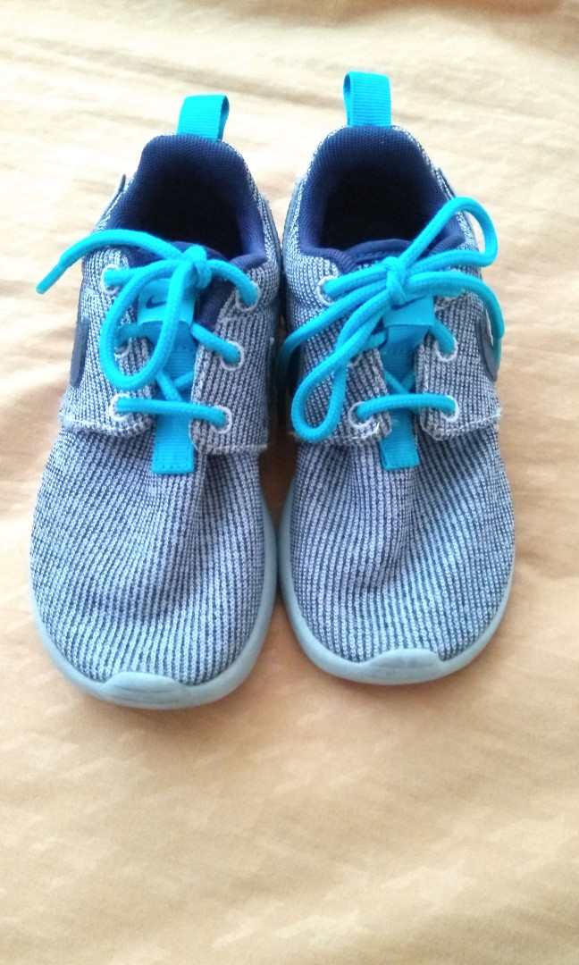 the latest 10927 453f5 Authentic Nike Roshe