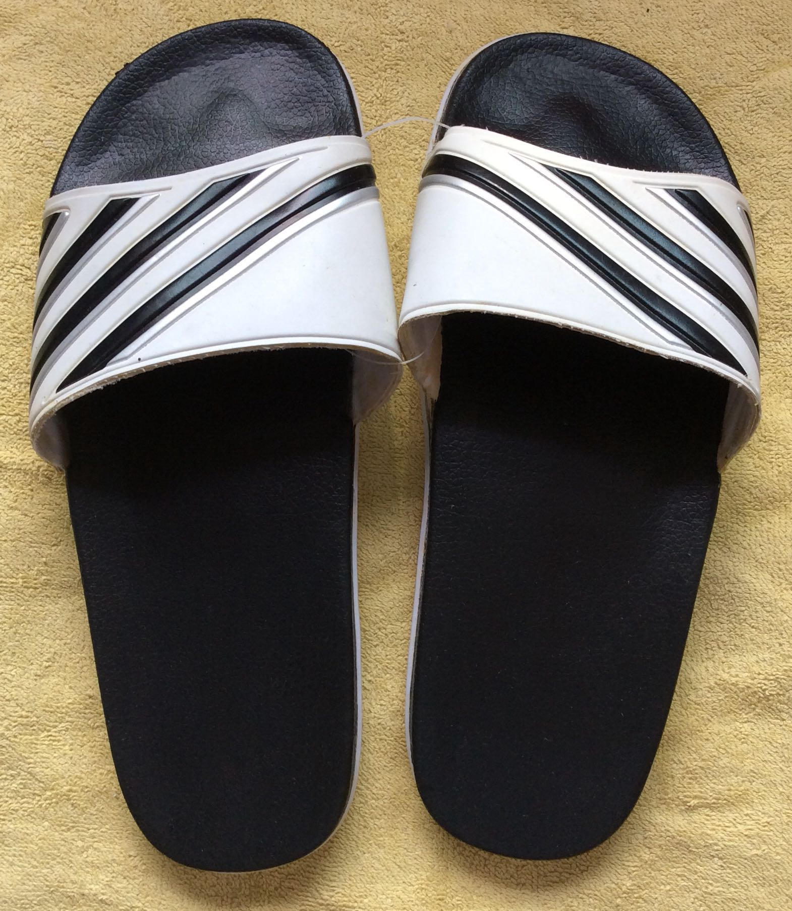 d6f4fed2b50da BN Instinct Men Casual Home   Bedroom   Bathroom Sandals Slippers ...