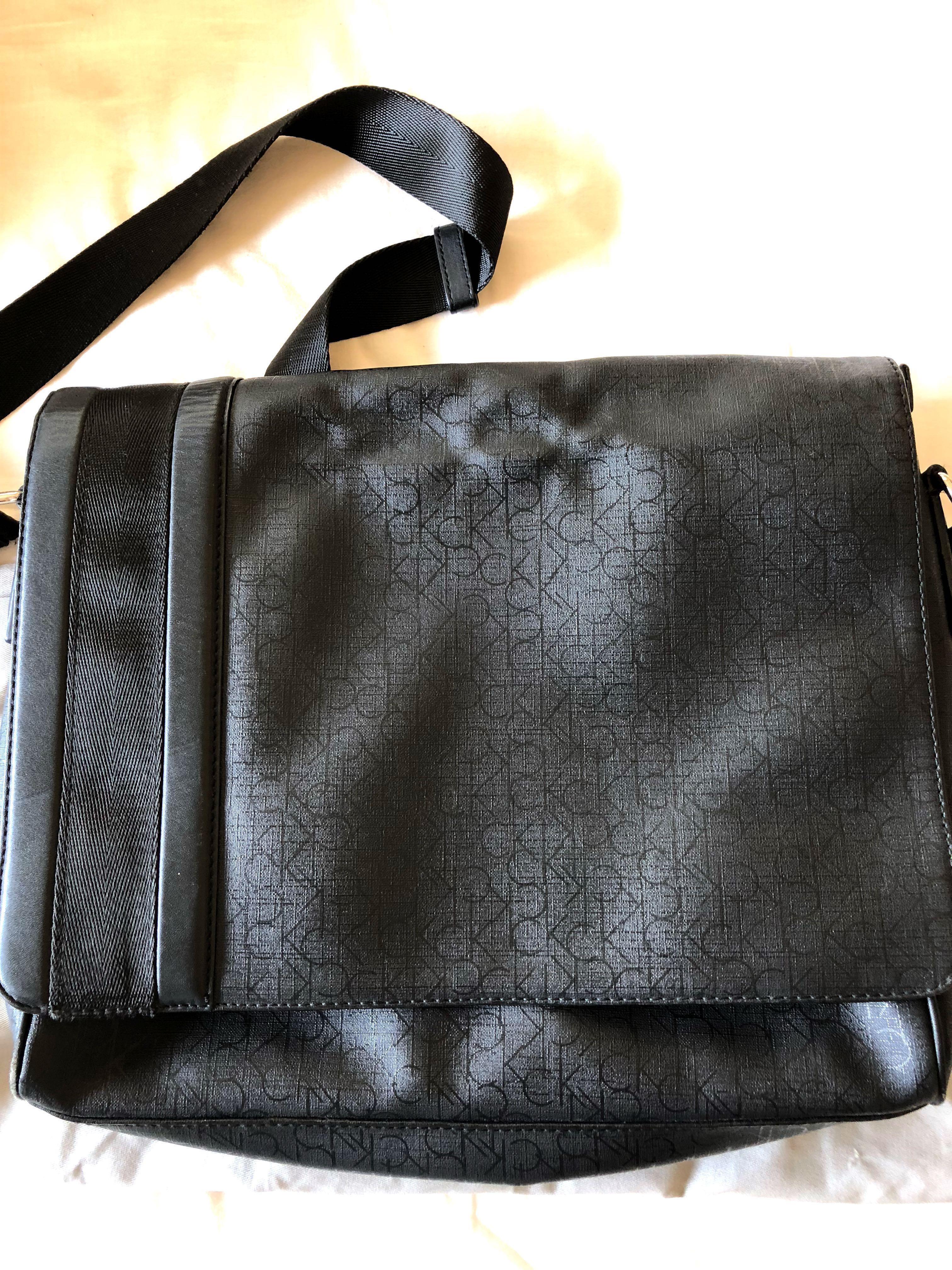 3bb421c55b Calvin Klein Messenger Bag Authentic, Men's Fashion, Bags & Wallets ...