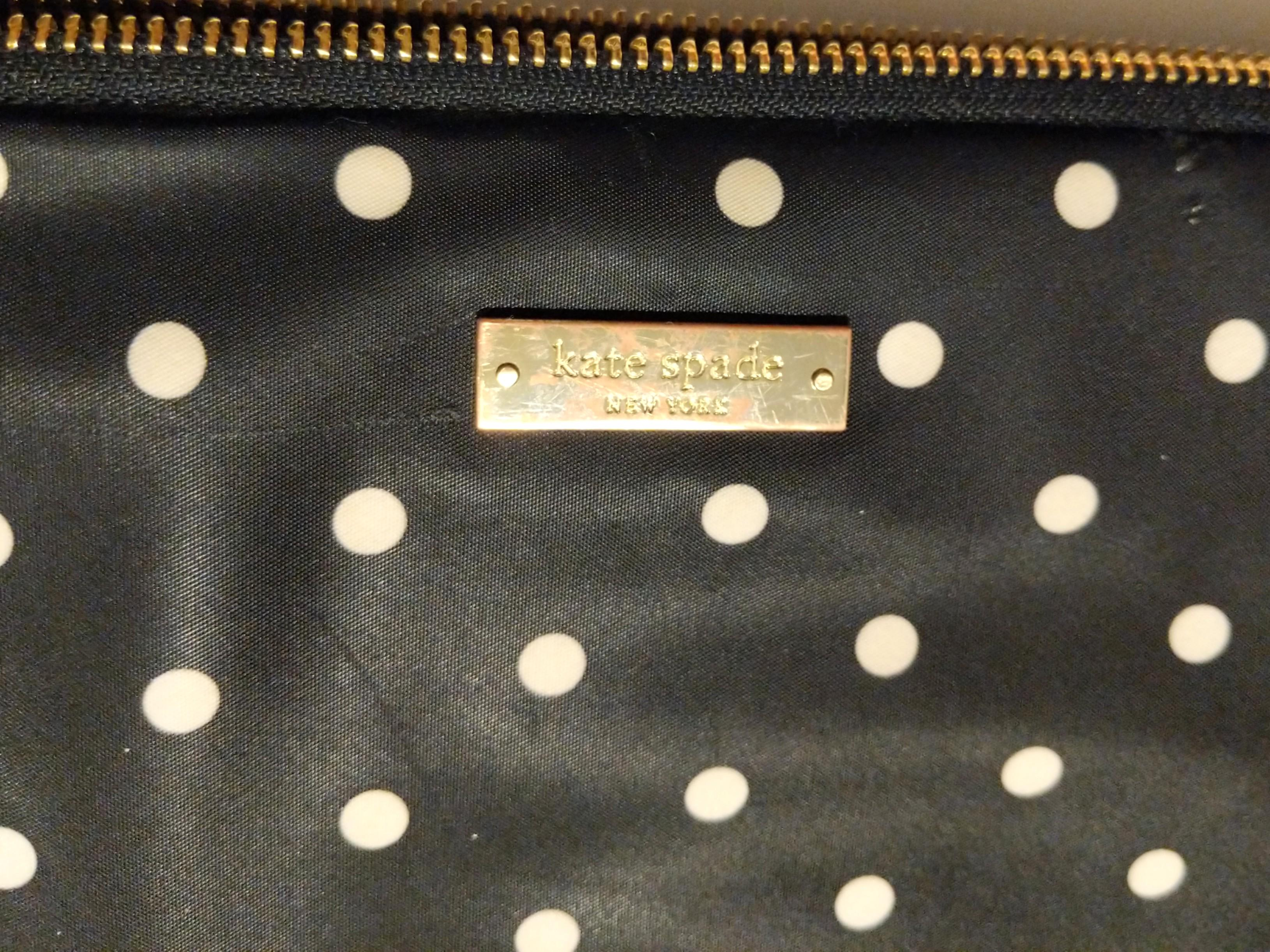 ✨Authentic Kate Spade Classic Nylon Mini Pavilion Dot Laptop Zip Sleeve✨