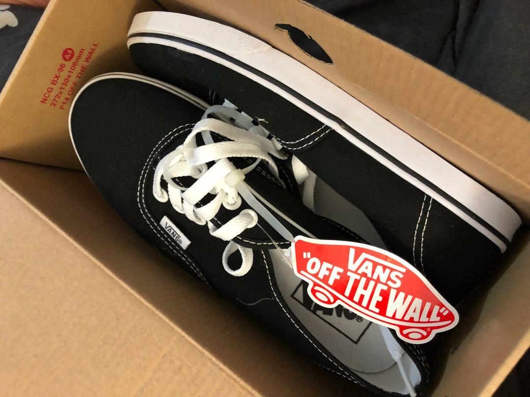 New Black Vans- Size: 6.5