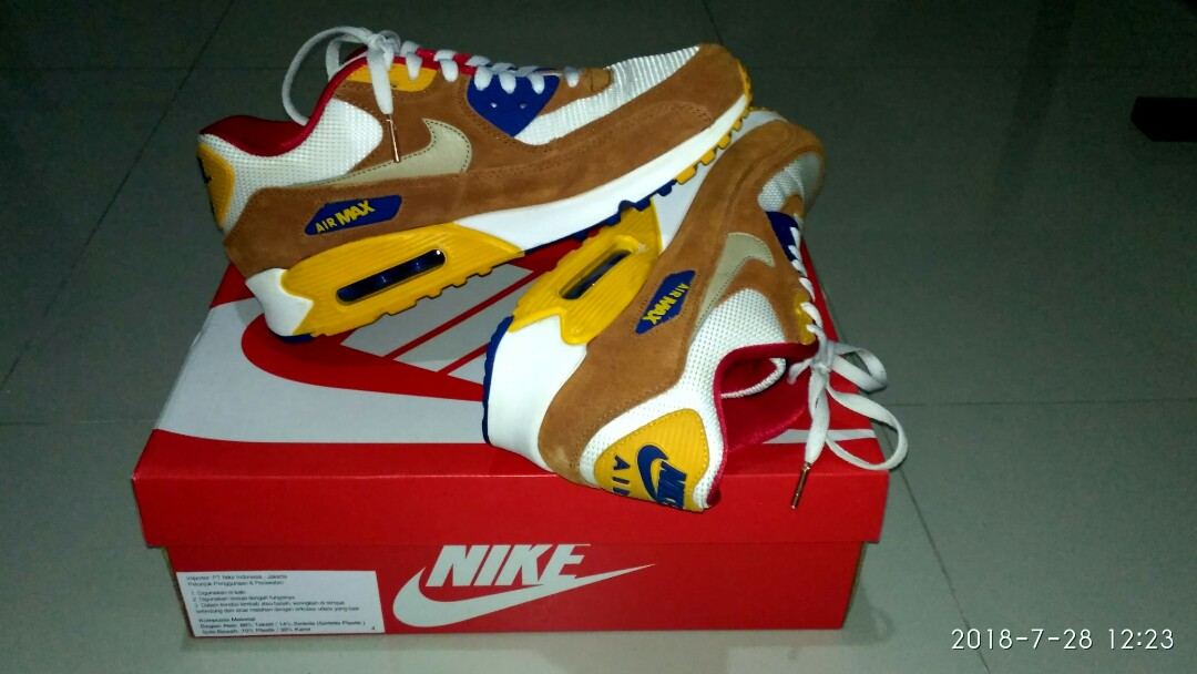 competitive price 951a1 3bfdd NIKE AIR MAX 90 PREMIUM CURRYWHITE SUEDE-LEATHER, Mens Fashi