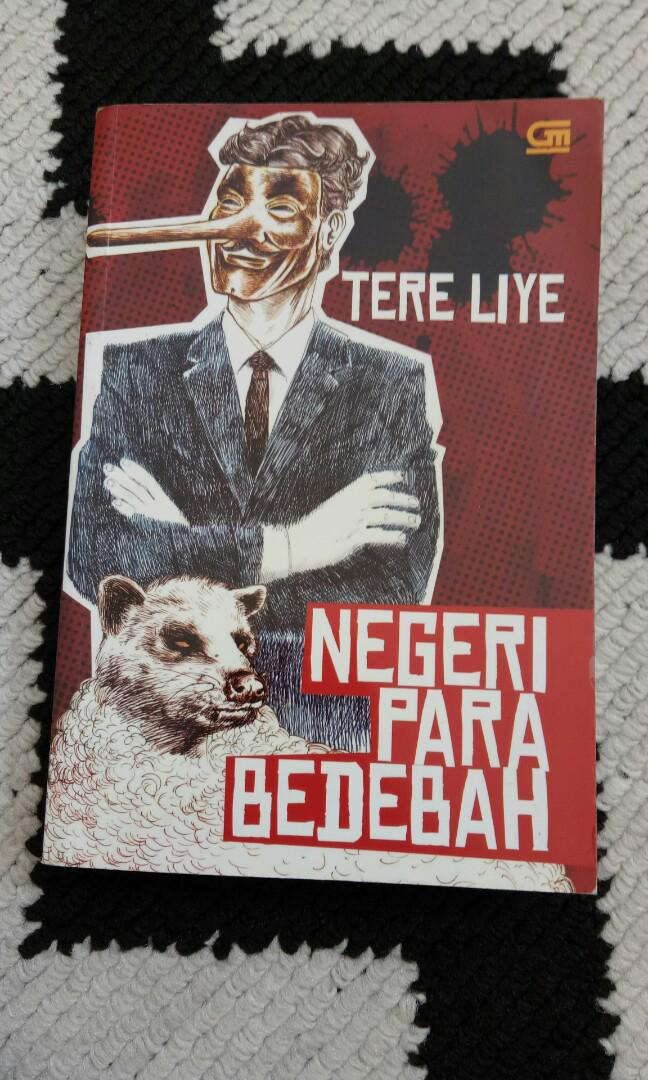 Novel Negeri Para Bedebah by Tere Liye, Books & Stationery, Books ...
