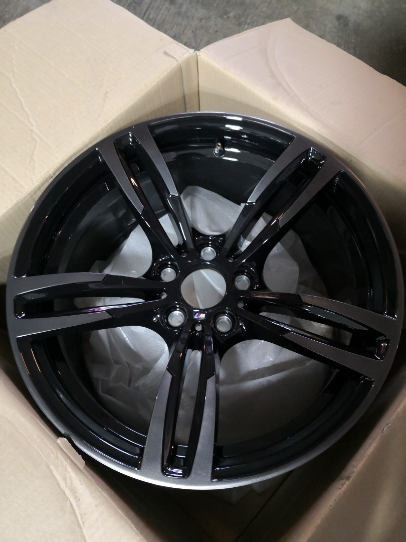 Original Bmw M Double Spoke 437 Black Chrome Car Accessories Tyres Rims On Carousell
