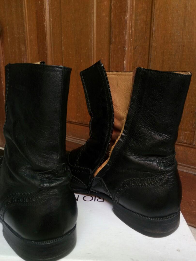 Sepatu booth pria uk 44 edition terawat