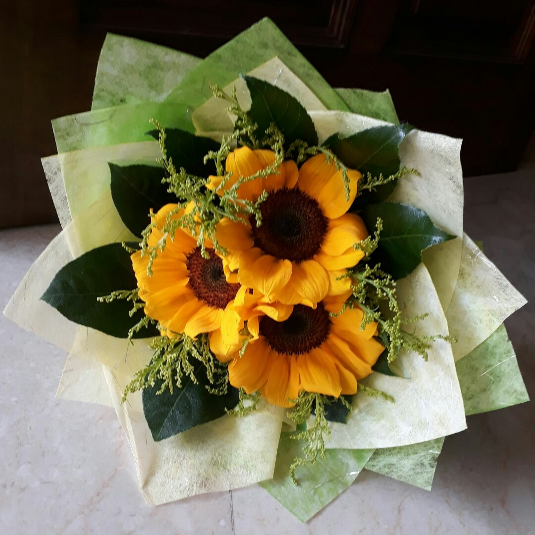 Sunflower Bouquet Perfect Gift For Girlfriend Birthday Graduation
