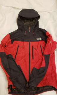 the north face ,  paclite goretex , summit series , black and red , size m