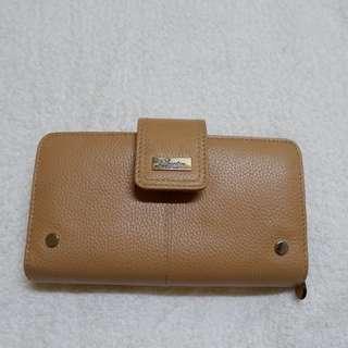 Buxton Multipurpose Wallet