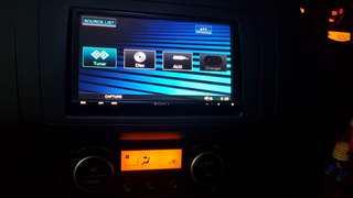 """SONY XAV-W1 6.95"""" Headunit + F.O.C SONY 10 DVD/CD CHANGER"""