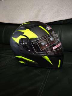 Gxt modular racing helmet