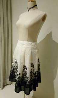 Floral Printed White Skirt