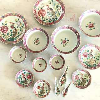 (Sold) Antique Peranakan bowls / plates