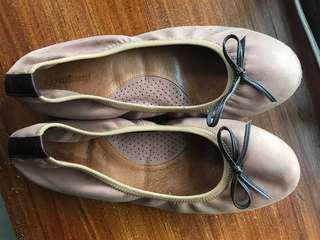 Original Outland leather shoes