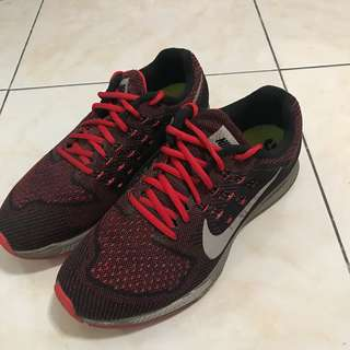 edffa7b3ae25 Nike Zoom Red and Black Running Shoes for Men