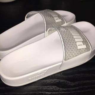 bc0cd4d3168 Puma Leadcat Jelly Slides in white! (Authentic)