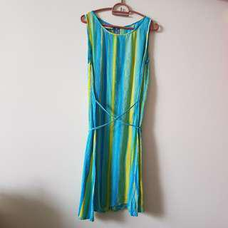 Style Up Blue and Green Patterned Dress