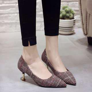 Medium Heel / Retro / Heel / Classic