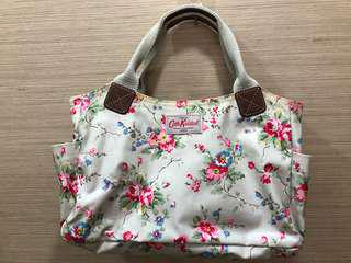 🚚 Authentic Cath Kidston Rose Flower Day Bag