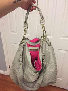 Steve madden bag price negotiable!