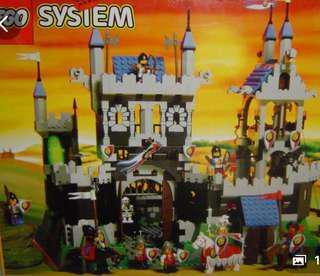 Lego 6090 Royal Knights Castle