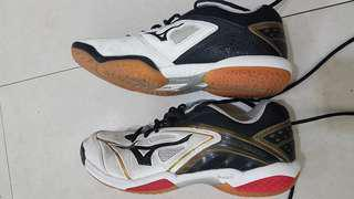 Mizuno badminton shoes size 6.5 us