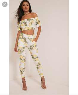 Pretty little thing lemon crop top