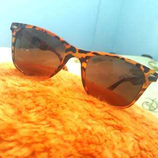 Kacamata Leopard Sunglasses