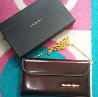 NEW EX KADO Clucth Givency