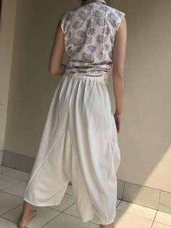 White aladdin pants
