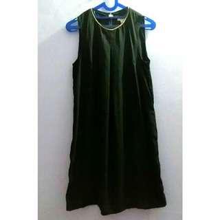 H&M black dress size M