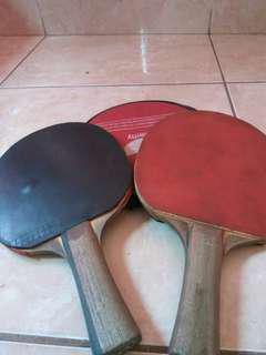 Bat tennis meja