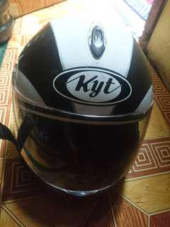 Helm full face kyt