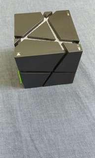 🚚 藍芽喇叭 Q one Bluetooth speaker magic cube