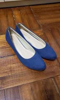 Scramble 日本品牌 藍色船踭鞋 LL Size