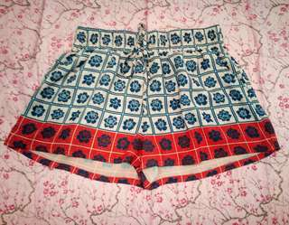 Floral Patterned Checkered Shorts