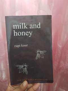 🚚 Milk & Honey - Rupi Kaur